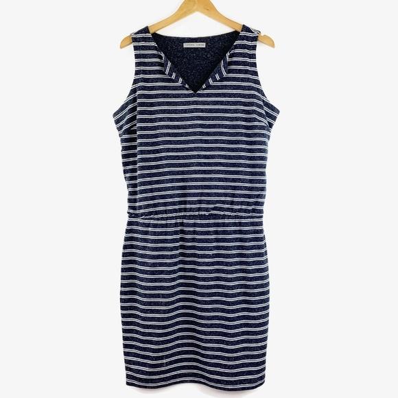 Athleta Dresses & Skirts - Athleta Striped Vida Dress Sleeveless Medium